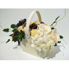 Deluxe Soap Flower Basket - Coffee & Cream